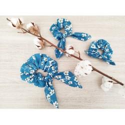 Le foulchie fleurie bleu