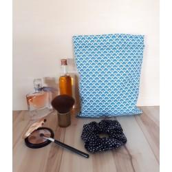 Pochette bleu et argenté